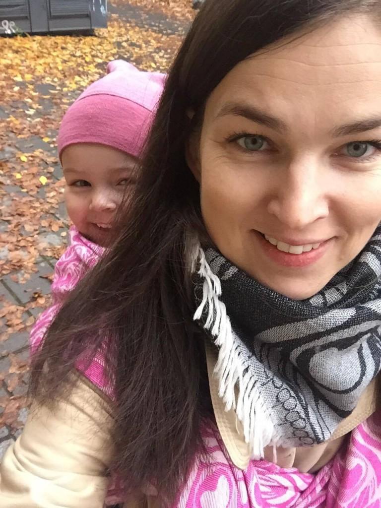 Artipoppe babywearing story Daiva Petkeviciute