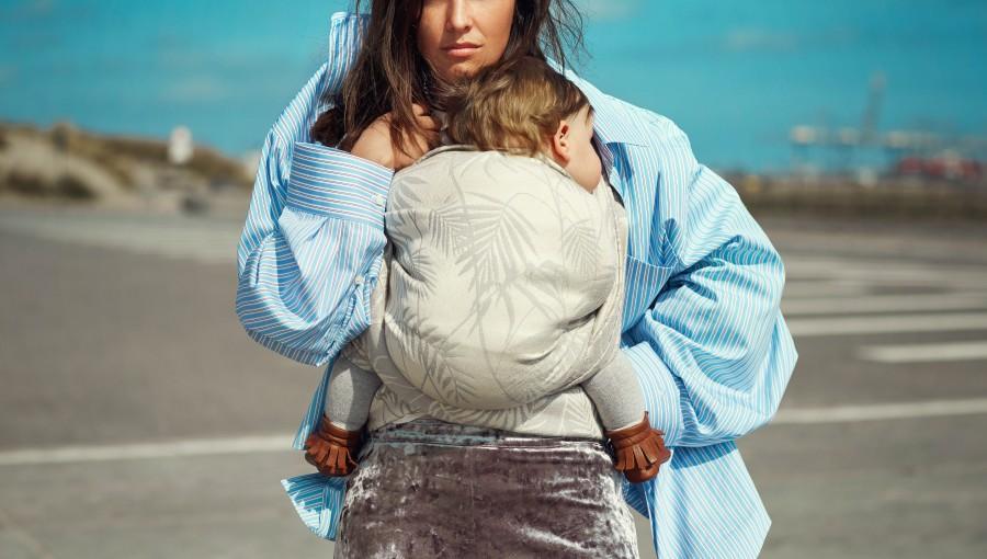 Breaking in a Woven Baby Wrap - Artipoppe Avant-Garde Babywearing Design House